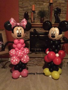 DISNEY- 5ft Minnie Mouse and Mickey Mouse Columns