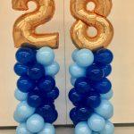 2 shades of blue balloon columns