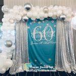 photo booth ballon garland
